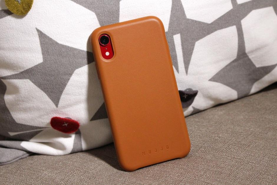 Mujjo iPhone XR Case Review – Good-Looking Protection