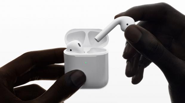 Apple's AirPods 2 vs Apple's Beats Powerbeats Pro