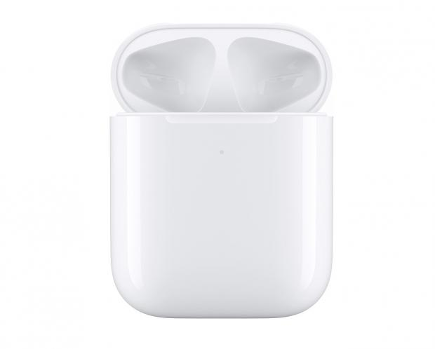 How To Clean Your AirPods & AirPods Pro (The RIGHT Way)