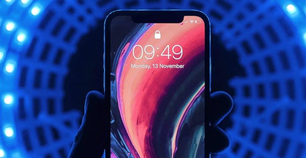 iphone-12-display-120hz