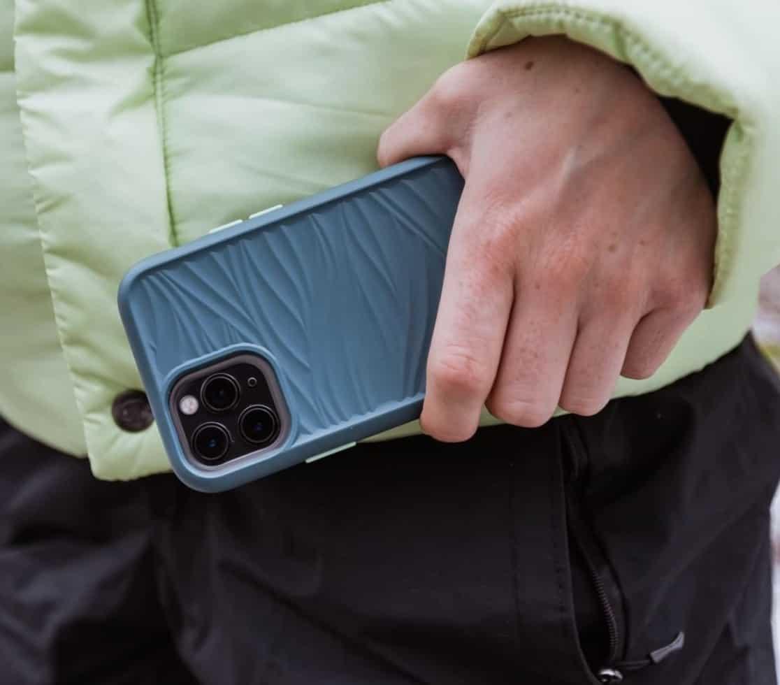 Best-LifeProof-iPhone-12-Cases