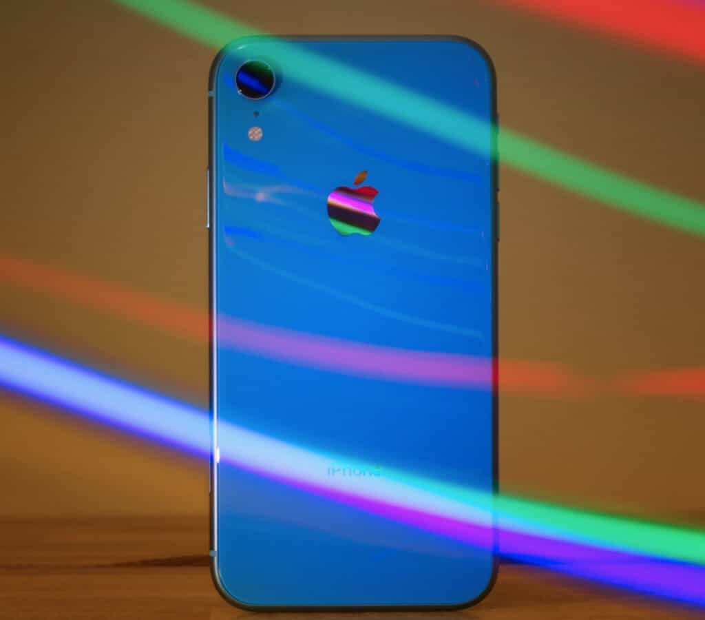 iPhone XR Review: Still Worth Buying In 2021? Let's Investigate...